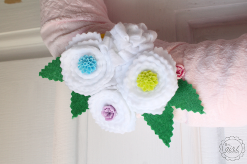 Spring Wreath with Cabochans
