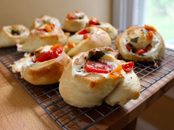 picnic pizza rolls
