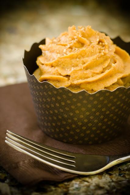 Apple Cobbler Cupcakes