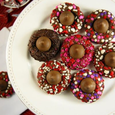 21 Valentine Treats with Sprinkles on Top