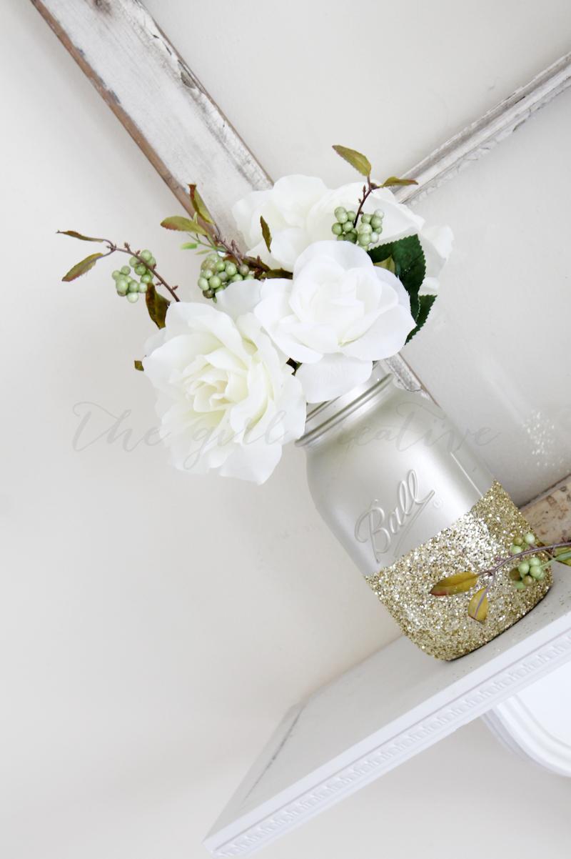 Gold-Glitter-Mason-Jar