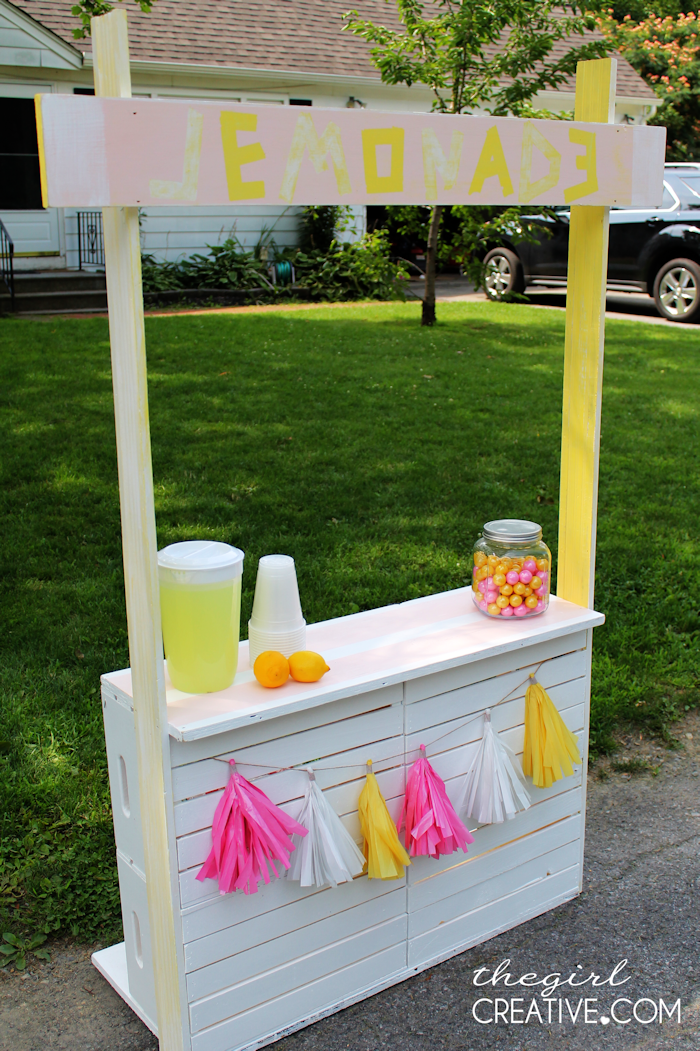 Diy Lemonade Stand The Girl Creative