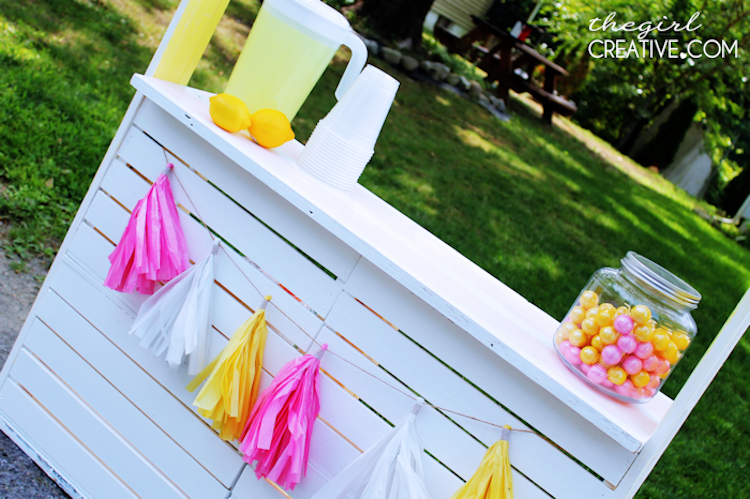 DIY Lemonade Stand3