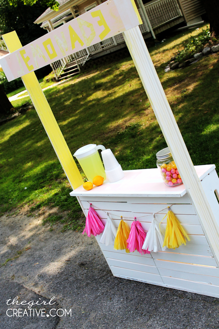 DIY Lemonade Stand4