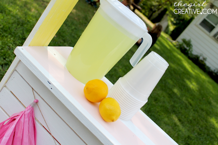 DIY Lemonade Stand6