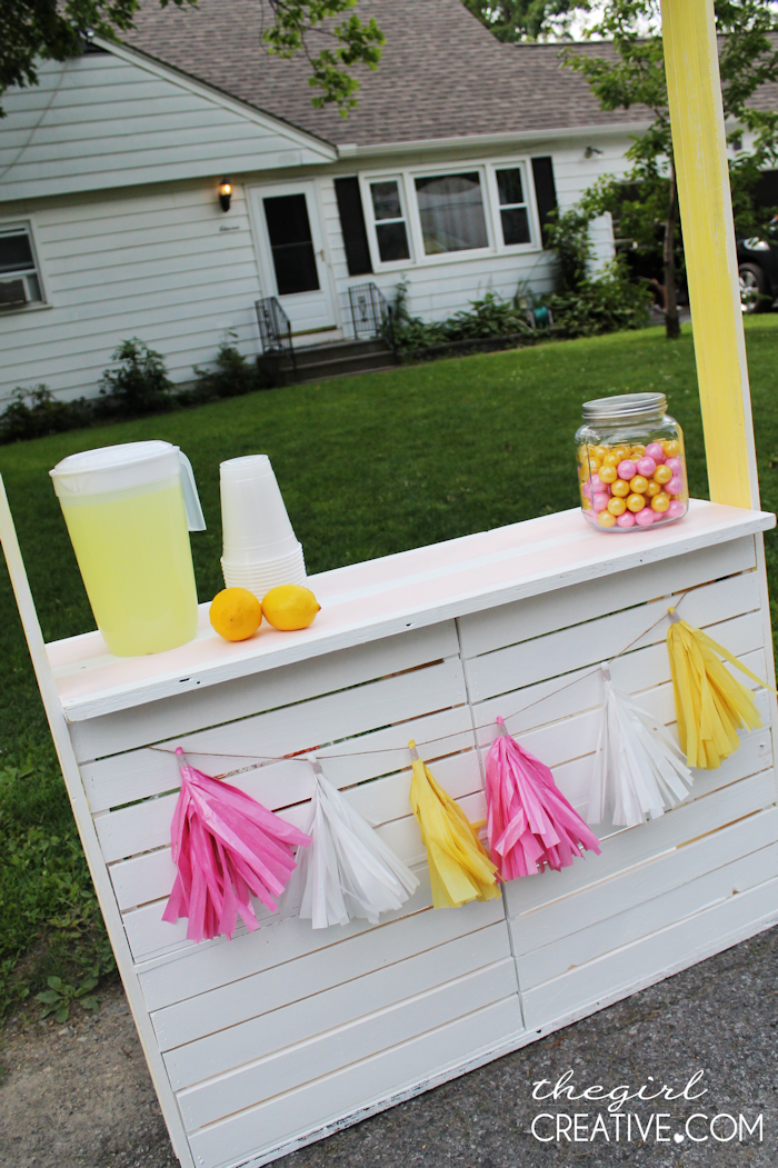DIY Lemonade Stand7