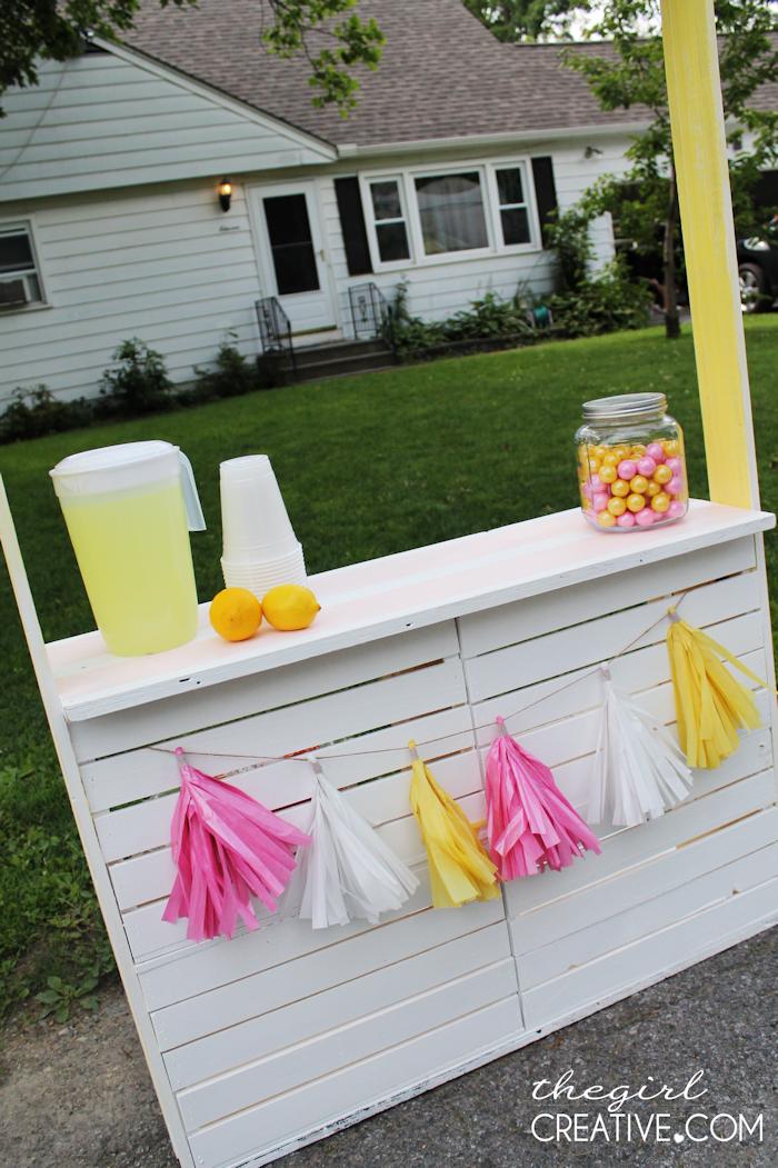 DIY Lemonade Stand7