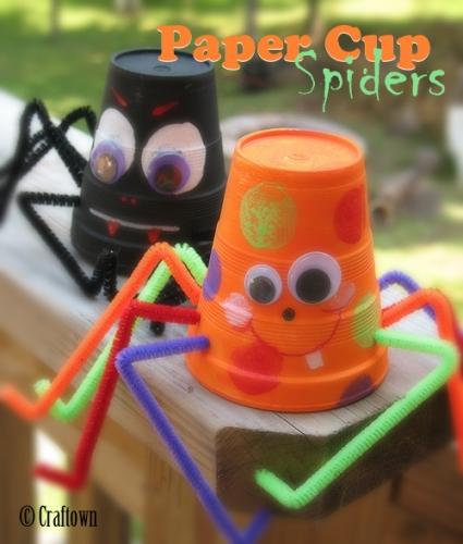 Halloween Crafts-Paper cup spiders