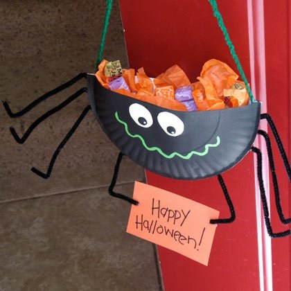 Halloween Crafts-Spider Candy Holder