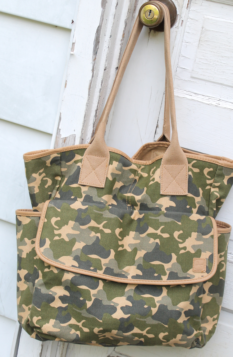 The Mom Tote