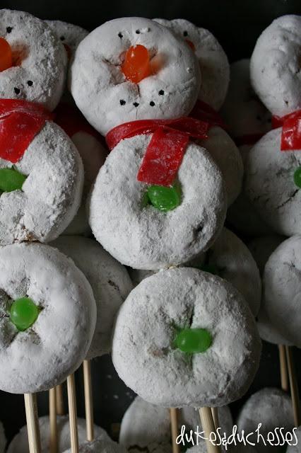 christmascookies-donut snowmen