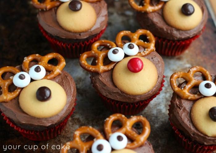 christmascookies-reindeer cupcakes