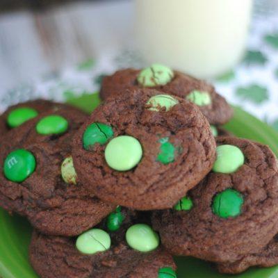 Rockin Recipes { St. Patrick's Day Desserts }
