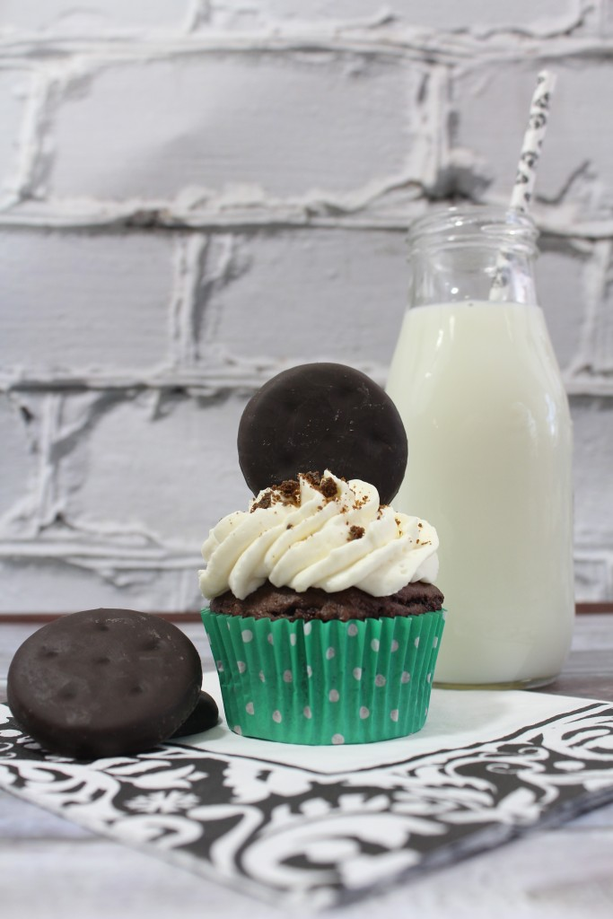 Thin MInt Cupcake - country divas