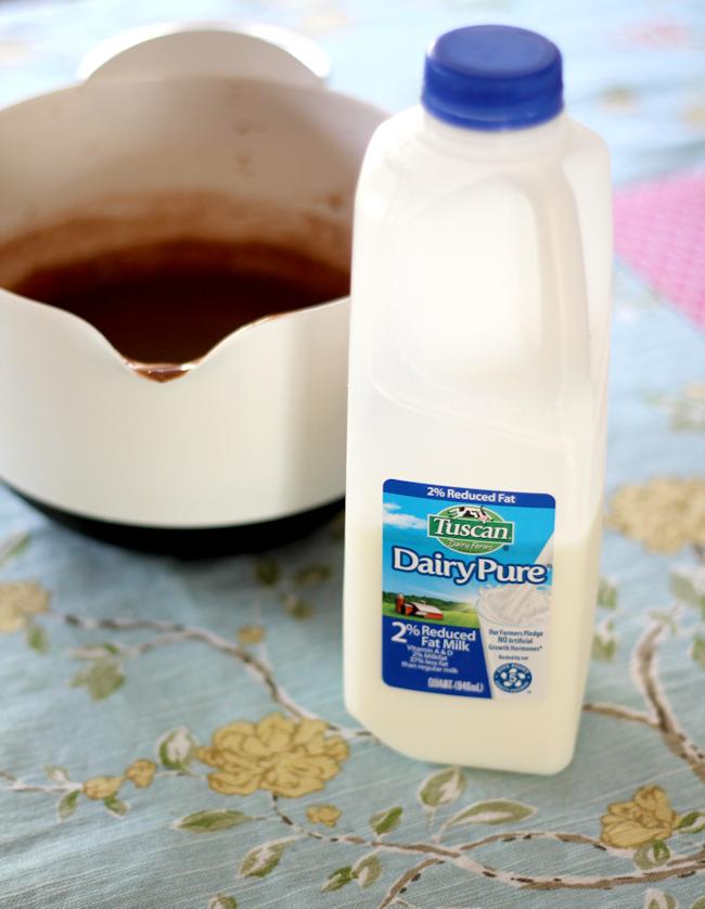 Chocolate Pudding Pie-milk1