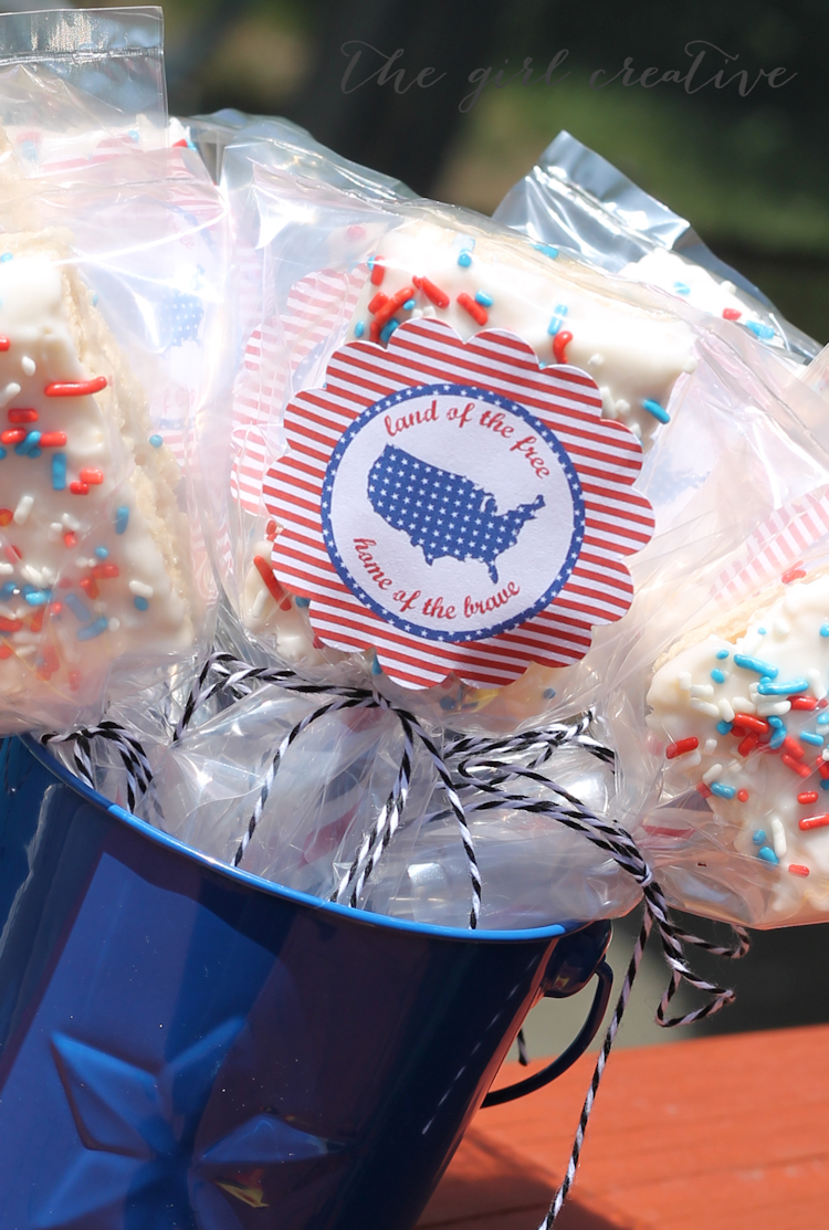 4th of July Rice Krispie Treat Pops - content closeup