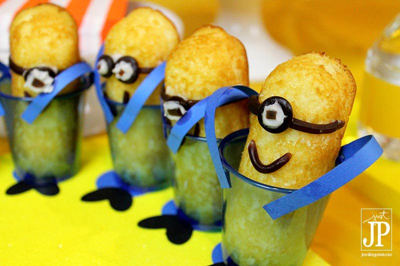 sweets-Minions-Twinkies-by-JPriest