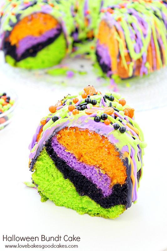 halloween - bundt cake