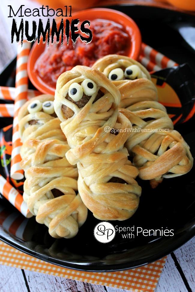halloween-meatball mummies