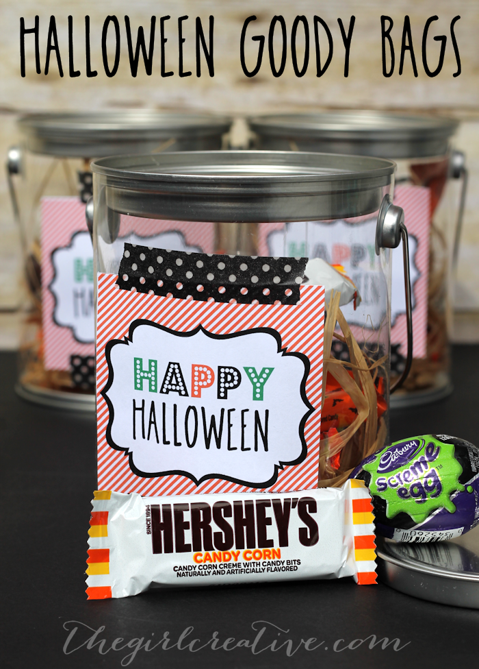 Halloween party goody bags with free printable tags.