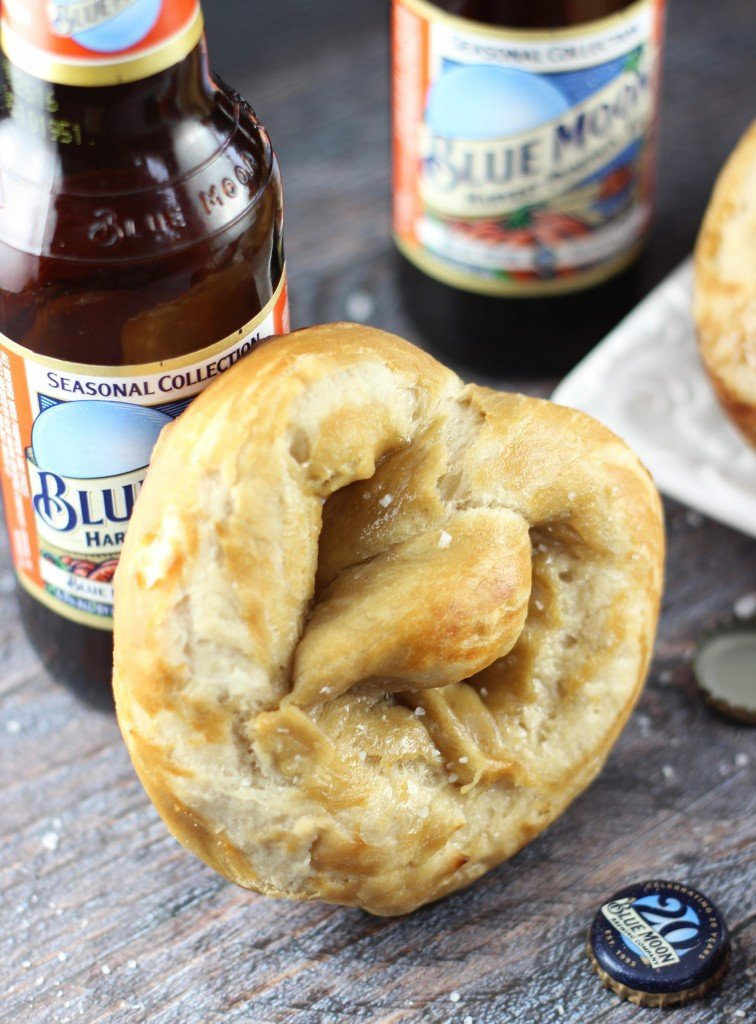 feature-pumpkin beer pretzels