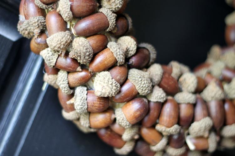 Acorn Wreath-content2