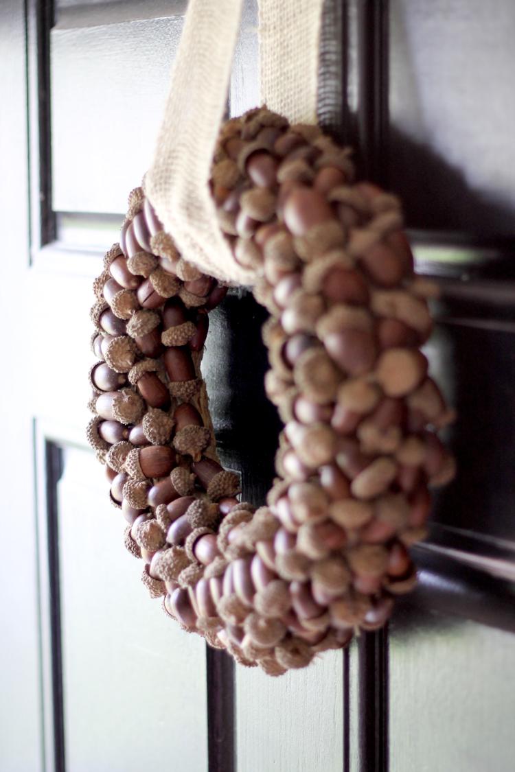 Acorn Wreath-content3