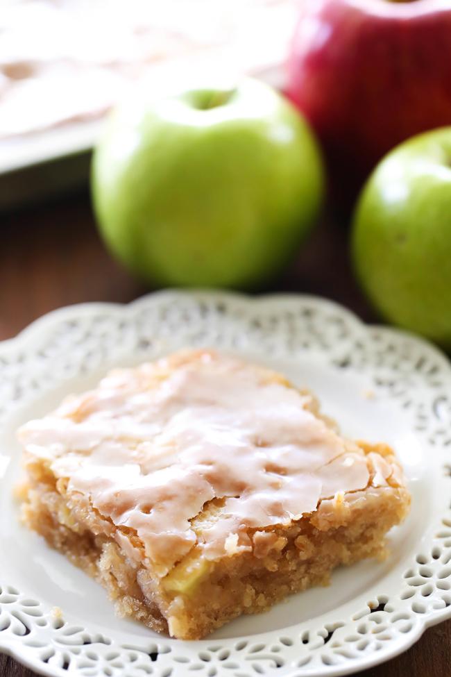 Caramel-Apple-Sheet-Cake-1