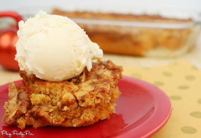 Pumpkin-crunch-cake-horizontal