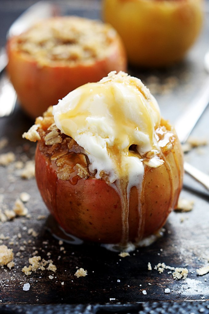 lecremedelacrumb.apple-crisp-stuffed-apples-9