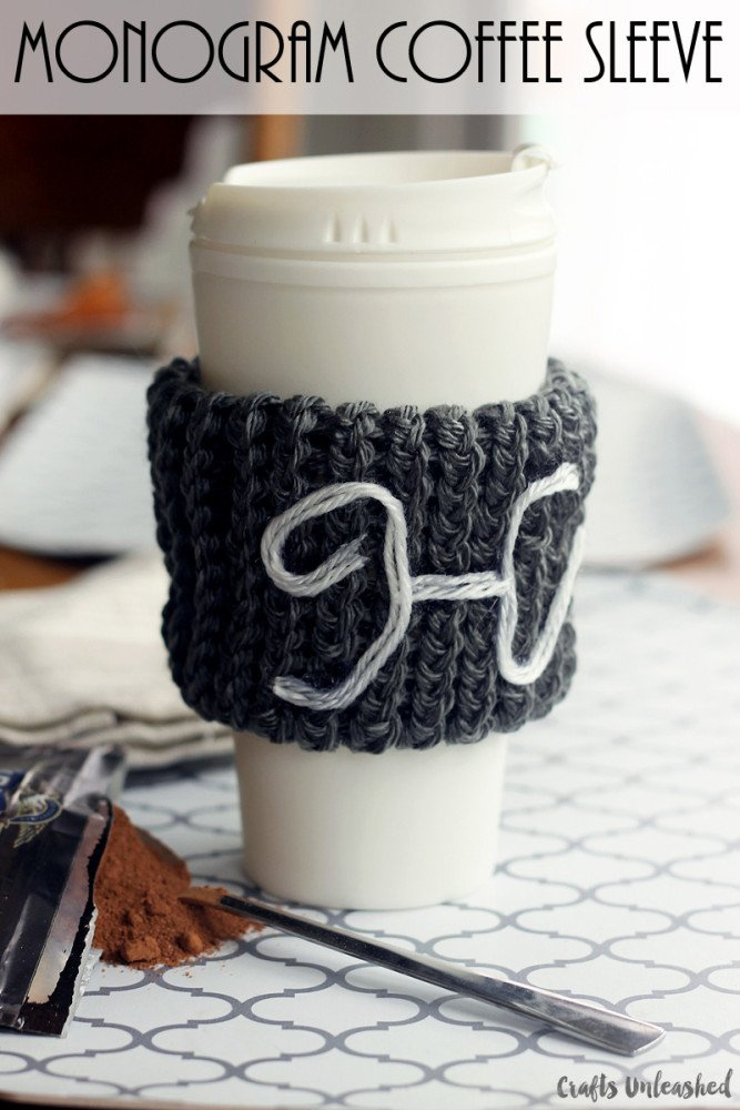 How-to-loom-knit-monogram-coffee-sleeve-Crafts-Unleashed-016-667x1000