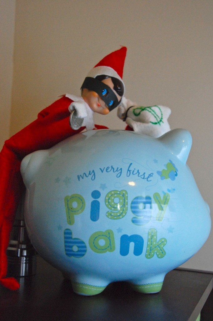 elf-piggy bank robber