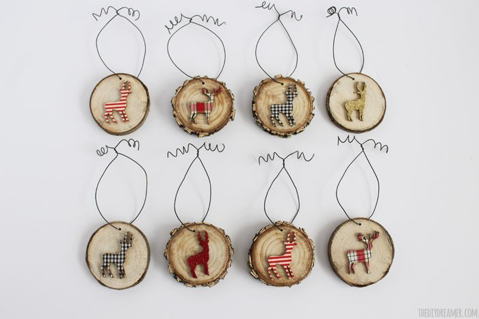 rustic deer wood slice ornaments diydreamer - Rustic Christmas Ornaments