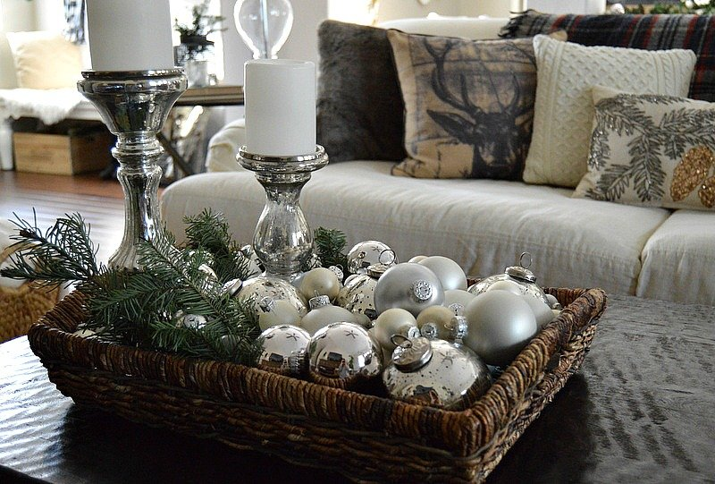 Rustic christmas decorating ideas the girl creative Coffee table decorating ideas