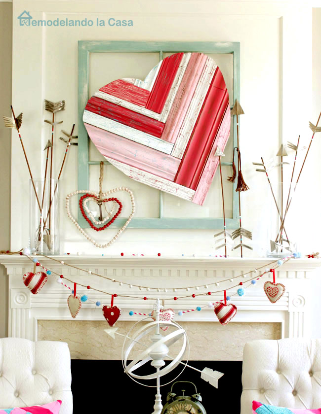 Valentine Mantel with heart art -remodelando la casa