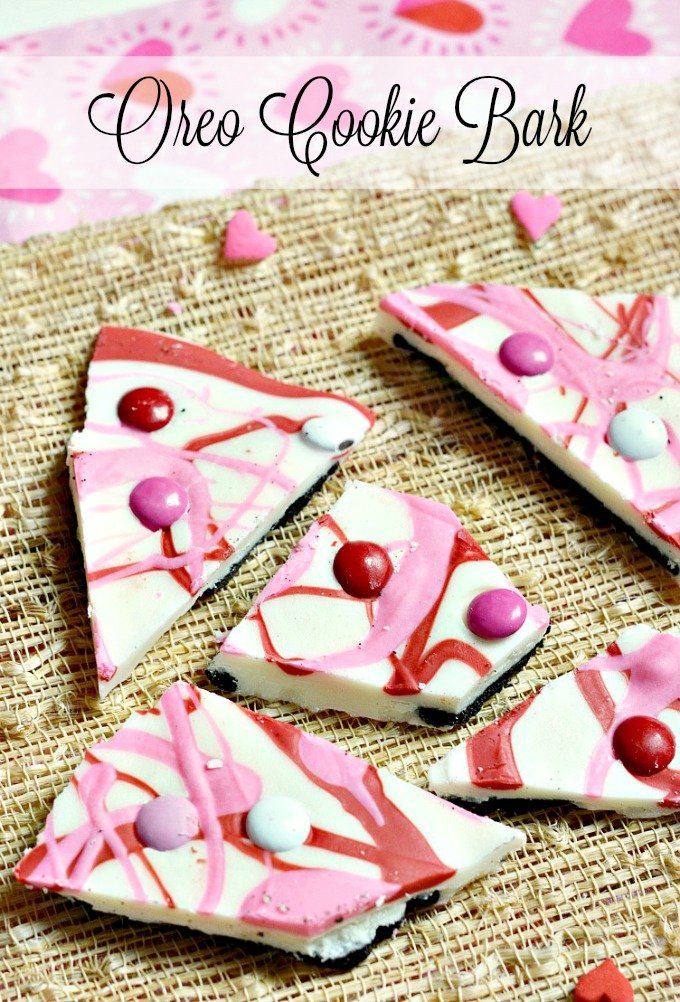 Valentines-Day-Oreo-Cookie-Bark-Recipe