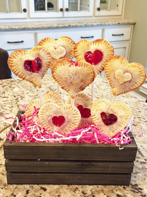 Valentine's Day Pie Pops