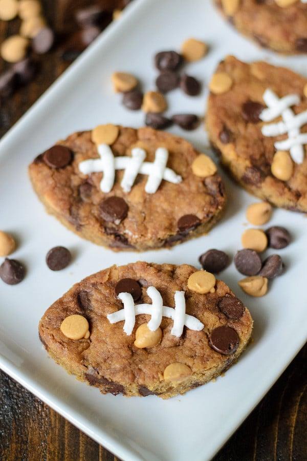 peanut butter football blondies
