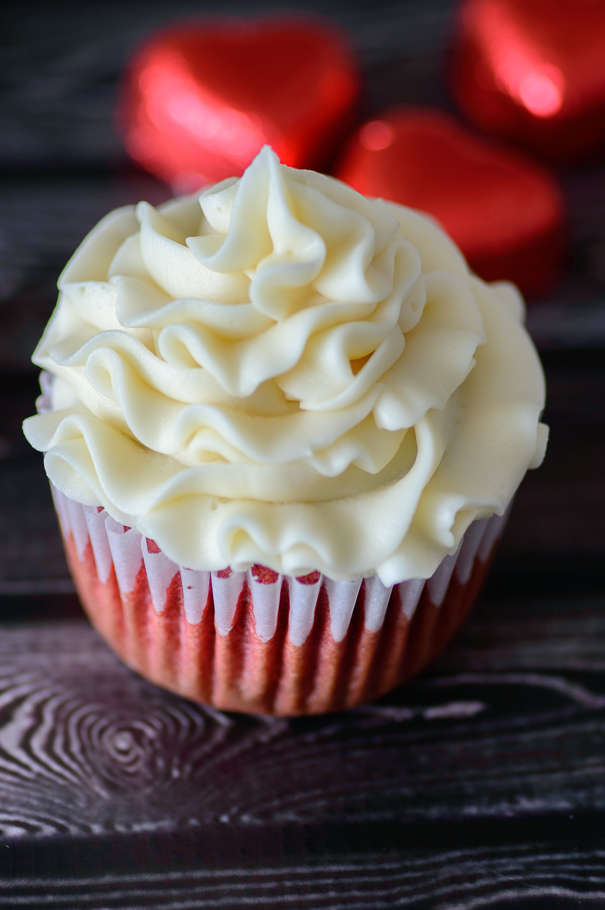 Gluten Free Red Velvet Cupcakes // Almost Supermom
