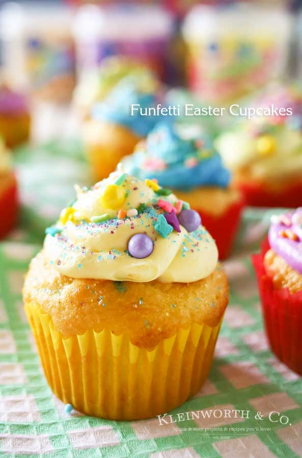 cupcakes-Funfetti-Easter-Cupcakes