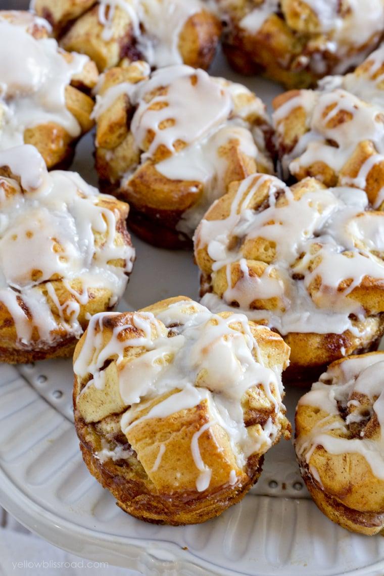 Cinnamon-French-Toast-Pull-Apart-Muffins-YBR