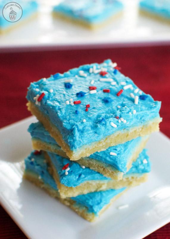 patriotic-sugar-cookie-bars-cupcake diaries