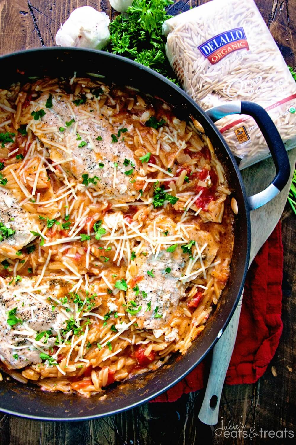 Light-One-Pot-Italian-Salmon-Orzo-DeLallo2