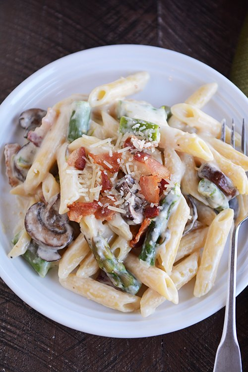 one pot creamy asparagus bacon pasta