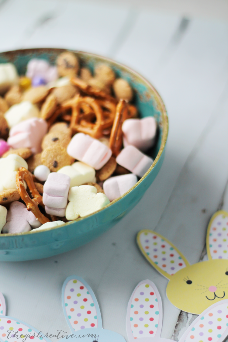 Bunny Bait Snack Mix for Easter - the perfect treat for kids