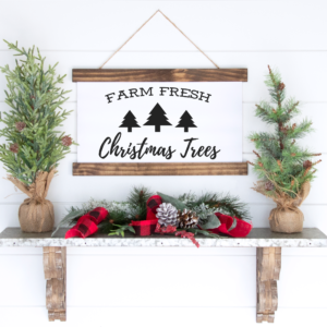 Farm Fresh Christmas Tree Sign to Print and Frame for inexpensive Christmas Decor