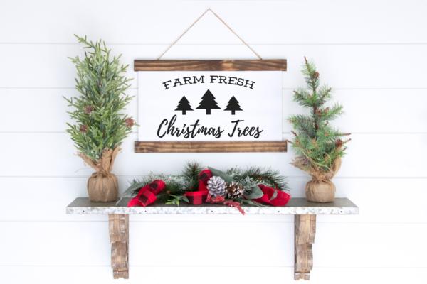 Farm Fresh Christmas Tree Sign to Print and Frame for inexpensive Christmas Decor