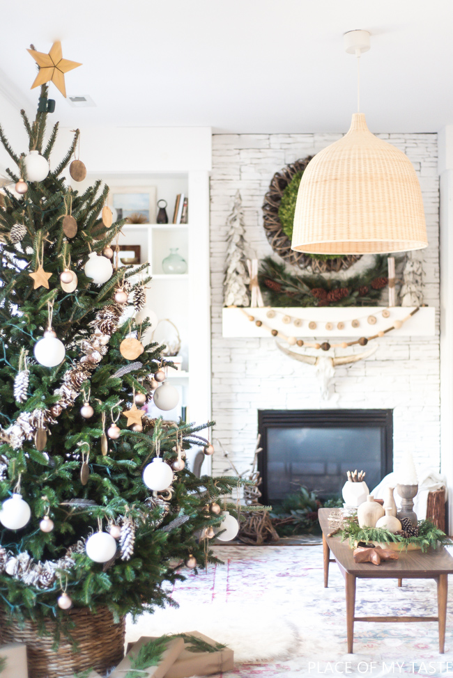 Neutral Christmas Ornaments to DIY