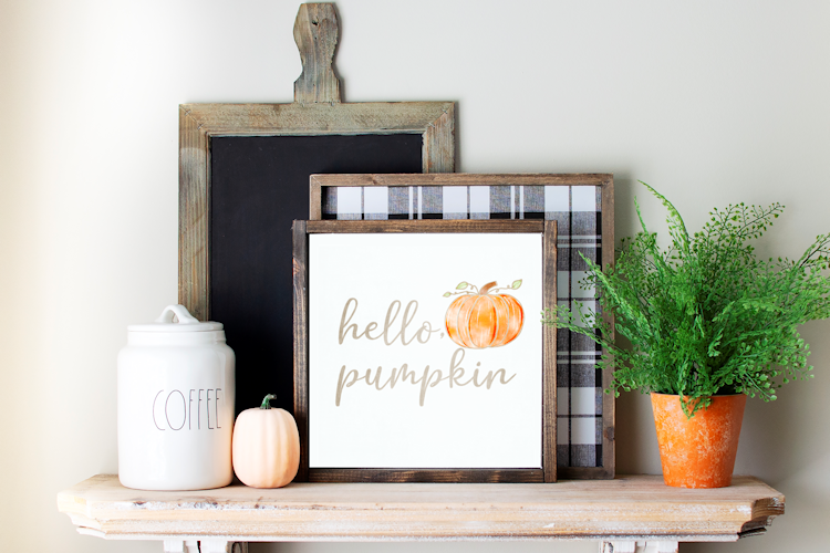Hello Pumpkin Sign in Wood frame