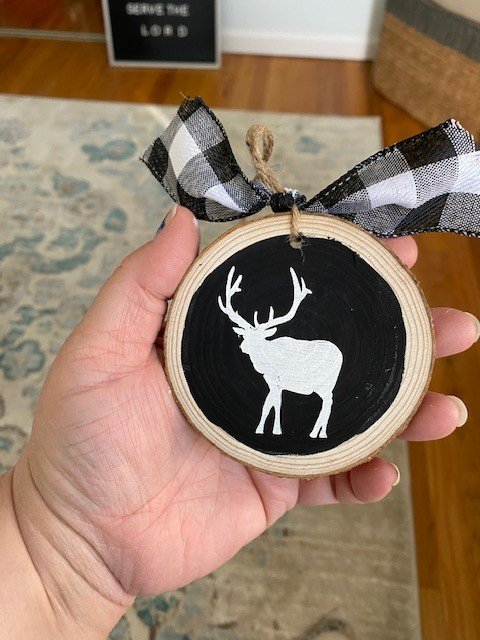 Wood Slice Ornament with Reindeer